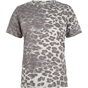 Brown leopard print boyfriend fit t-shirt