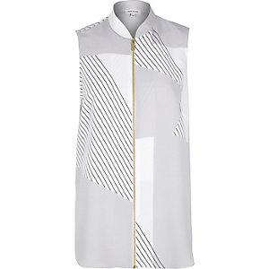 Grey print zip through sleeveless shirt