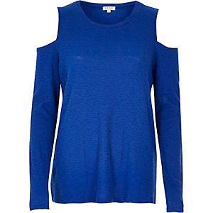 Blue space dye cold shoulder top