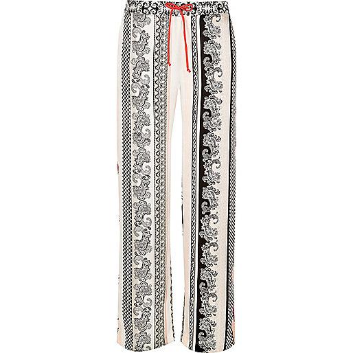 Weiße Pyjama-Hose aus Satin mit Paisleymuster