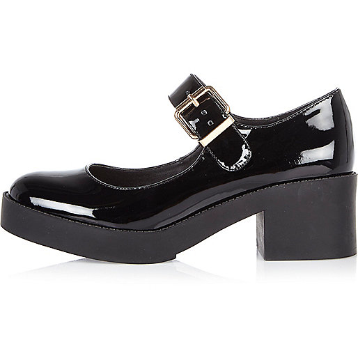Black patent chunky Mary Jane shoes