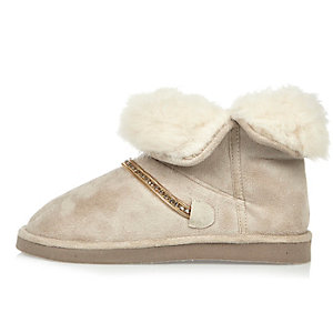Cream lined soft slipper boots
