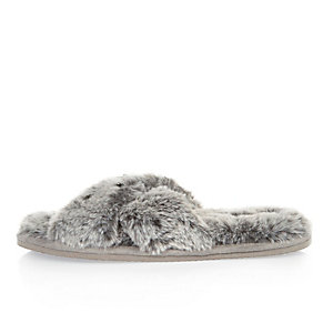 Grey faux fur mule slipper