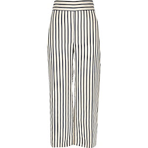 White stripe print pants