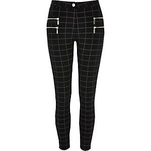 Black checked super skinny pants