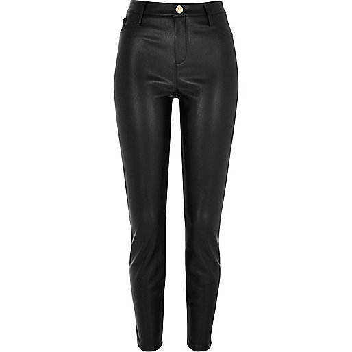 Schwarze, superenge Skinny Hose im Leder-Look