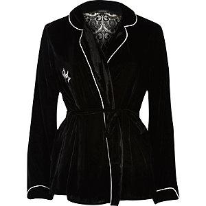 Chemise de pyjama en velours noire style cache-cœur