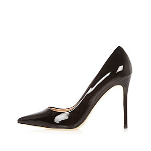 Black patent court heels