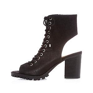 Black chunky heeled shoe boots