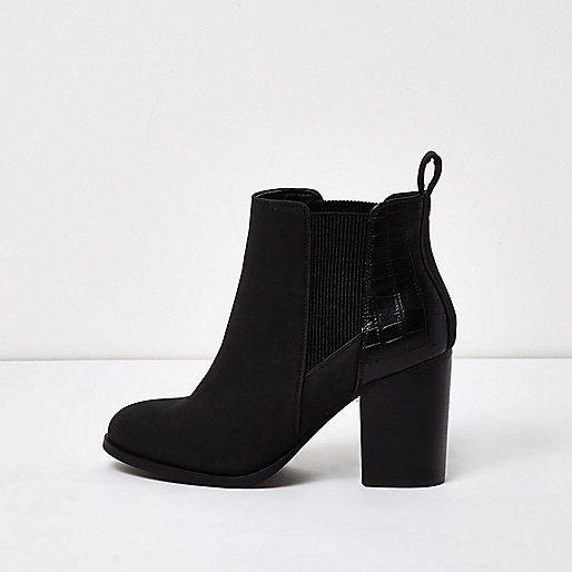 Black patent panel heeled Chelsea boots