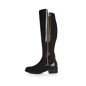 Schwarze, kniehohe Stiefel mit Kroko-Bahn