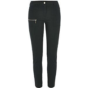 Dunkelgrüne Skinny Fit Hose mit Reißverschluss