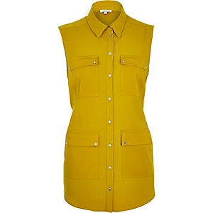 Dark yellow sleeveless shacket