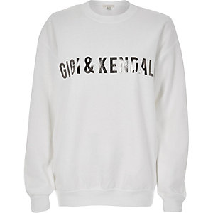 White name print sweater