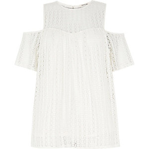 RI Plus white crochet cold shoulder top