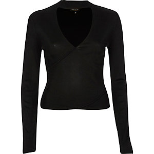 Black premium wrap top