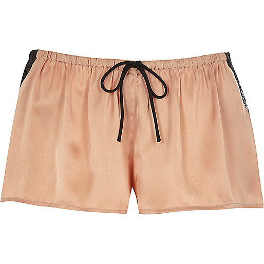 Pyjama-Shorts aus Satin in Rosa