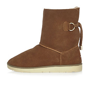 Tan suede faux fur trim ankle boots