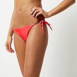 Bas de bikini rouge à lanières