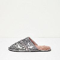 Cream paisley print slipper