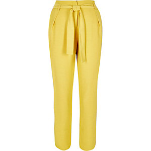Yellow soft tie tapered trousers