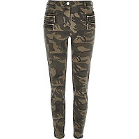 Green camo zipped skinny trousers