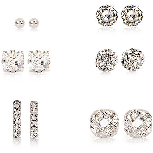 Silver tone stud earrings multipack