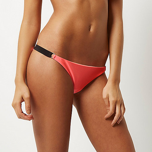 Pink ring trim bikini bottoms