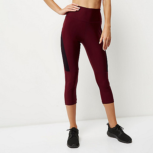 RI Active dark red mesh sports capri leggings