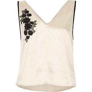 Cream appliqué cami pajama top