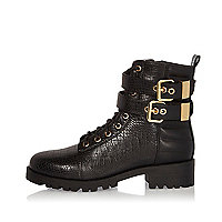 Black double buckle strap boots