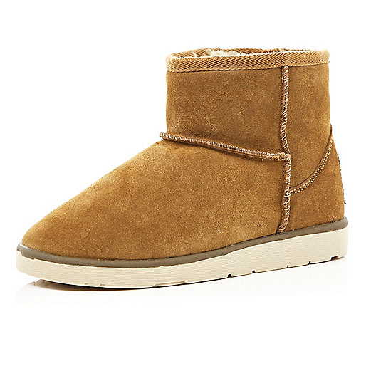 Light brown faux fur trim low ankle boots