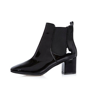 Bottines Chelsea vernies noires à talon carré