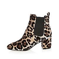 Brown leopard print velvet Chelsea boots