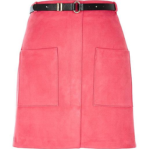 Mini-jupe rose avec poche et ceinture