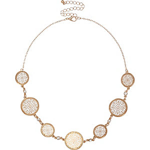 Gold tone circle filigree necklace