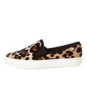 Leopard print velvet plimsolls