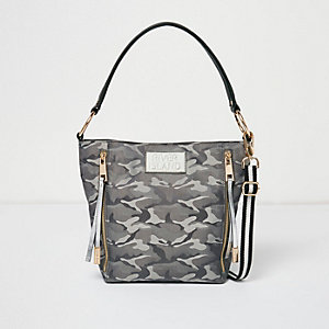 Grey camo bucket bag