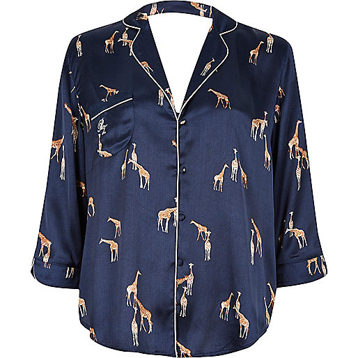 Chemise de pyjama en satin imprimé girafes bleu