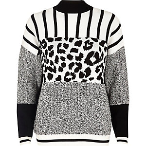 Black and white jungle knitted sweater