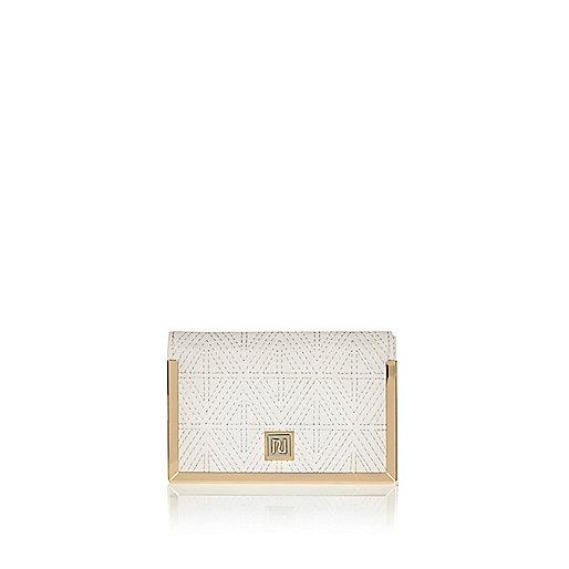 Cream quilted passport holder