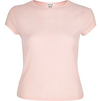 Light pink '90s ribbed t-shirt