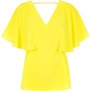 Lime cape back V-neck t-shirt