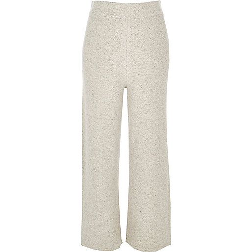 Pantalon large gris coupe courte