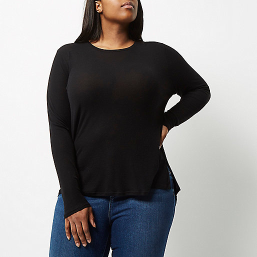 RI Plus black scoop neck top
