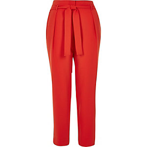 Red soft tie tapered pants