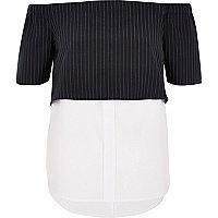 Marineblaue Bardot-Bluse mit Streifen