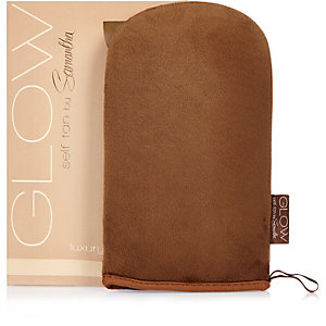 Sam Faires Glow self-tan mitt