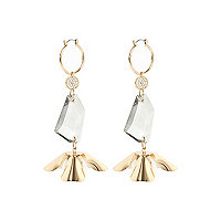 Gold tone flower dangly earrings