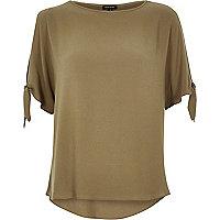 Khaki tied sleeves t-shirt